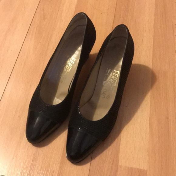 d85dd0b01c83 Vintage Ferragamo Heels. M 5ad2710d9a945591c066e58d